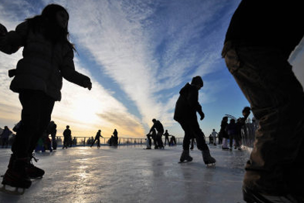 Lakeville Outdoor Skating Rinks